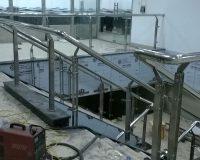 cầu thang ,lan can inox